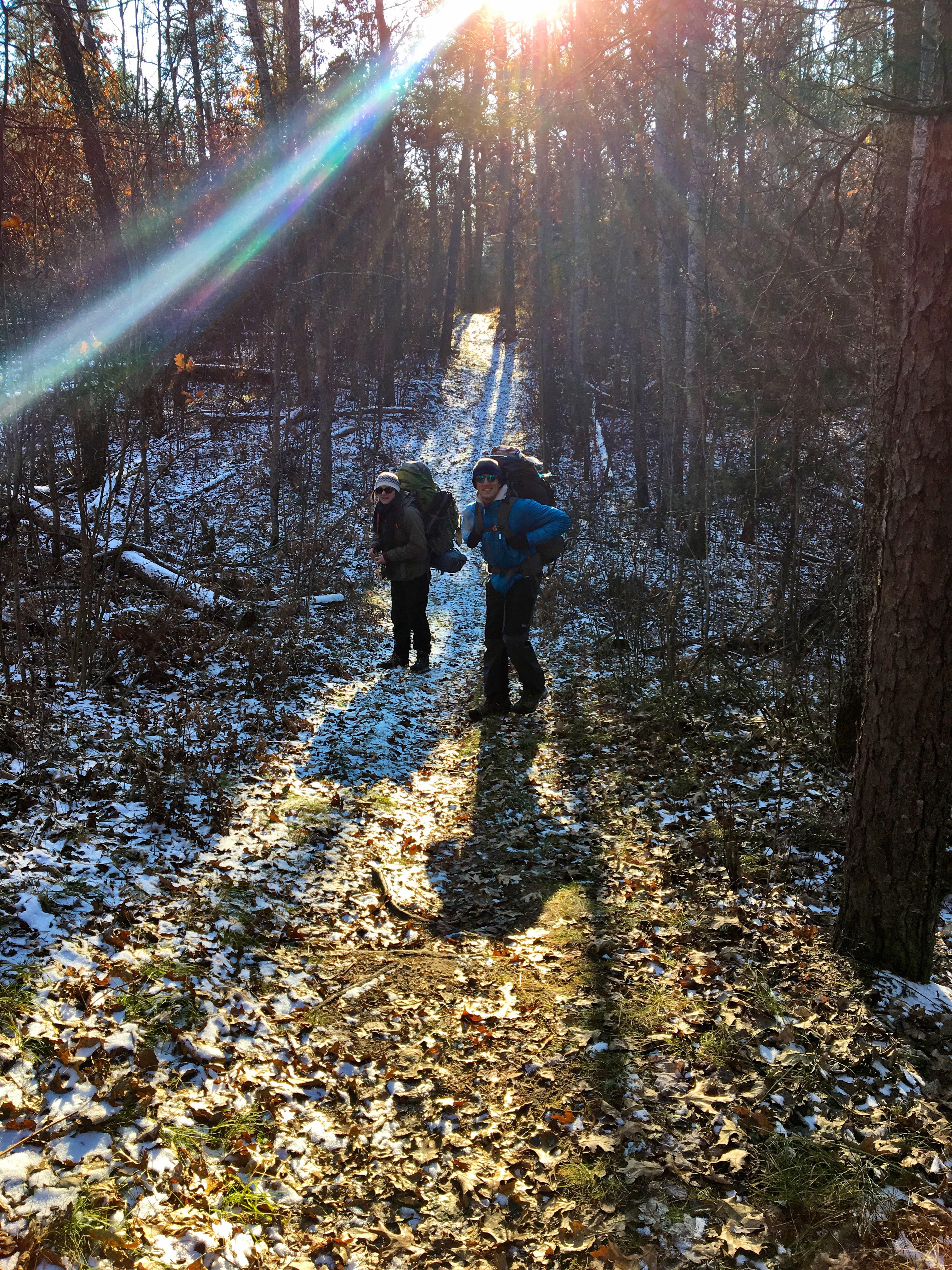 Trail-hike-winter-november